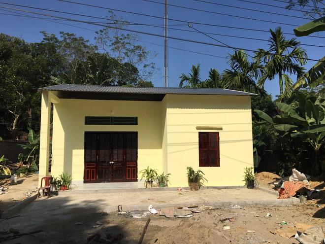 Ngôi nhà mới cho người phụ nữ sống trong vườn chuối, ăn cây chuối và rau sắn qua ngày - Ảnh 5.