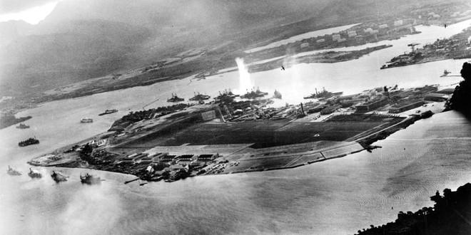 Ba tàu sân bay Mỹ đã thoát khỏi đòn tấn công hủy diệt của Nhật Bản như thế nào? - Ảnh 1.