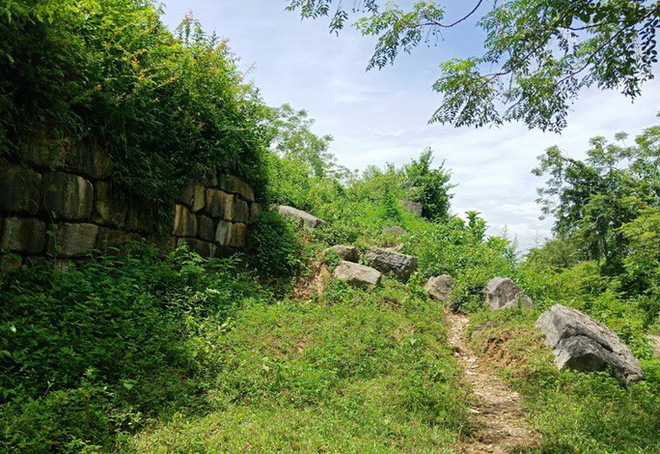 Thanh Hóa chi 14 tỉ đồng sửa tường thành ở di sản thế giới Thành nhà Hồ - Ảnh 1.