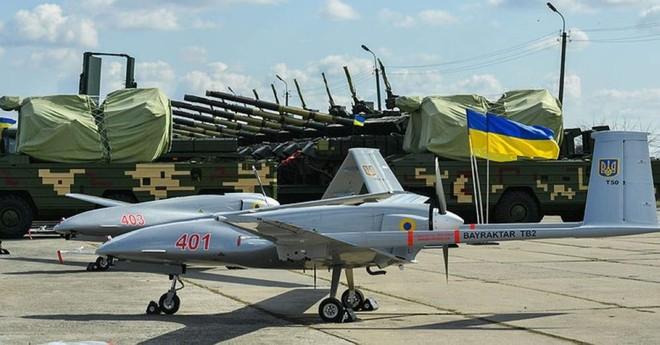 Sau xung đột Karabakh, thêm 1 quốc gia tính mua ồ ạt UAV tấn công của Thổ: Sắp có biến? - Ảnh 2.