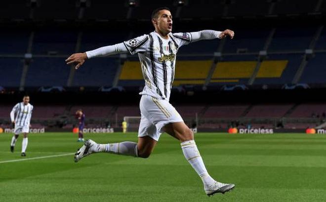 Juventus đánh sập Nou Camp, Ronaldo lập kỷ lục vô tiền khoáng hậu