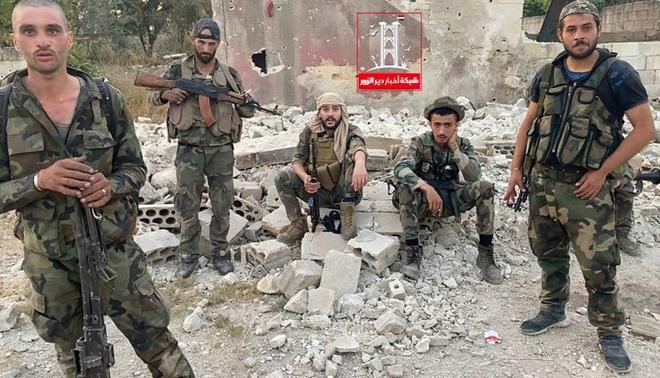 Bị phục kích, xe Quân cảnh Nga ở Syria nổ tung, trực thăng Mi-8 lập tức ứng cứu - Mỹ trừng phạt 50 tàu chở dầu, Iran hết đường cứu Venezuela - Ảnh 4.