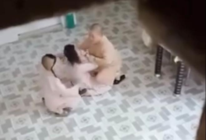Công an làm rõ clip sư cô đánh đập, bạo hành trẻ em trong ngôi chùa ở Sài Gòn - Ảnh 1.