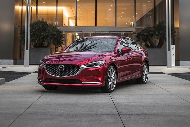 Cứu doanh số, đẩy hàng tồn kho, loạt ô tô giảm giá sốc tới 120 triệu đồng trong tháng 6 - Ảnh 1.