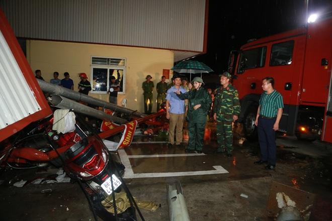 Hiện trường tan hoang vụ sập nhà xưởng ở Vĩnh Phúc làm 3 người chết, 18 người bị thương - Ảnh 5.