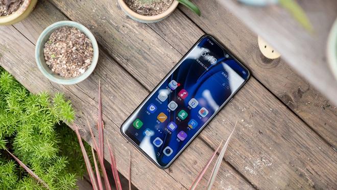 Giá 4 triệu đồng, 4 smartphone ngang tài ngang sức đấu Nokia 5.3 đẹp lung linh vừa ra mắt - Ảnh 4.