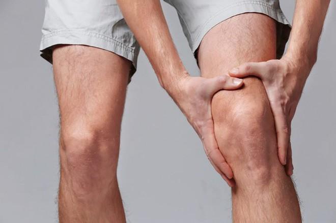 Bật mí cách chữa đau khớp gối nhanh chóng và hiệu quả - Ảnh 2.