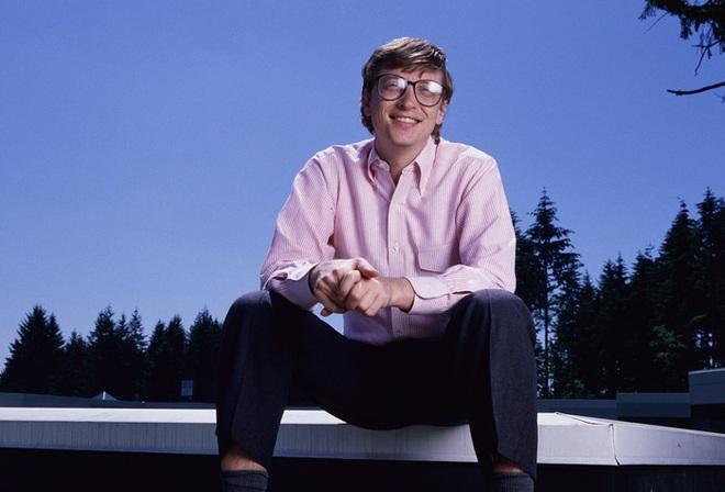 Tỷ phú Bill Gates nhớ biển số xe của từng nhân viên, câu chuyện phía sau khiến bất cứ ai làm việc tại Microsoft khóc thét - Ảnh 1.