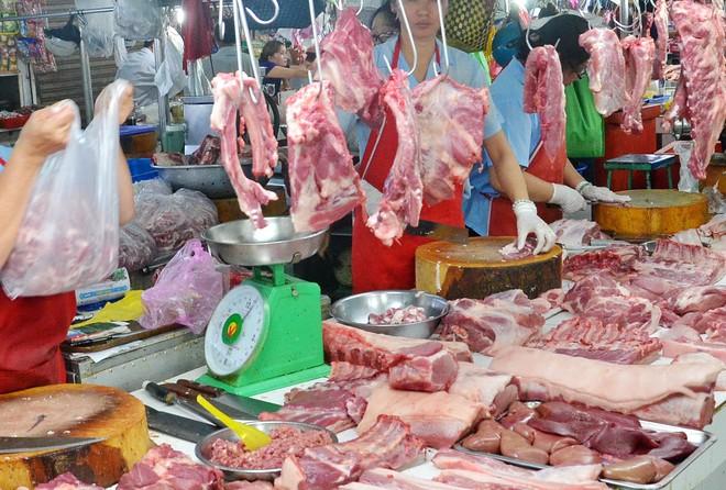 Giá lợn hơi ở Thái chỉ 55.000 đồng/kg, doanh nghiệp Việt xin nhập gấp 80 vạn con lợn sống về giết mổ - Ảnh 3.