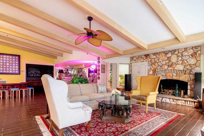 Không ai tin căn nhà nhỏ này có trị giá tới 18 triệu USD cho tới khi khám phá bí mật được ẩn giấu bên trong - Ảnh 9.