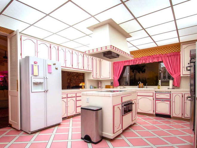 Không ai tin căn nhà nhỏ này có trị giá tới 18 triệu USD cho tới khi khám phá bí mật được ẩn giấu bên trong - Ảnh 12.