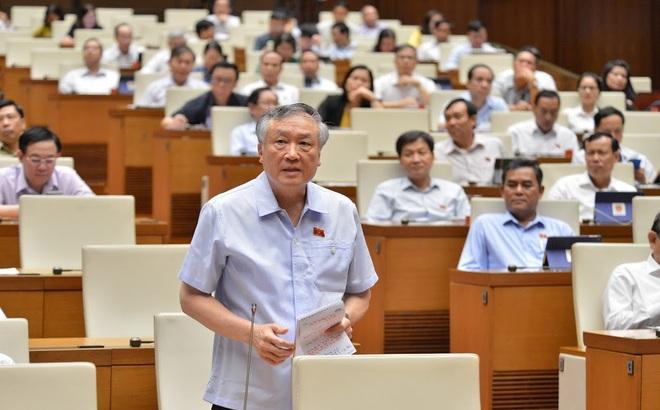 Chánh án Nguyễn Hoà Bình báo cáo QH về việc không xử oan Hồ Duy Hải