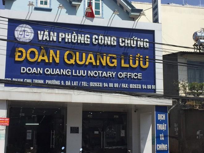 Lãnh đạo tỉnh Lâm Đồng nói gì vụ vợ Giám đốc Sở Tư pháp lừa đảo hàng trăm tỉ đồng? - Ảnh 1.