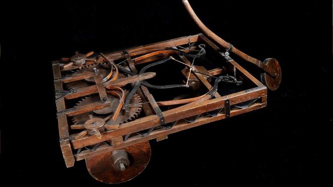 Những phát minh thể hiện trí tuệ siêu phàm của Leonardo da Vinci - Ảnh 8.