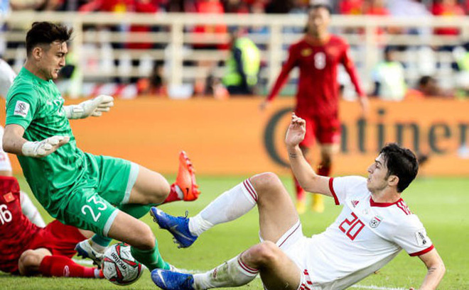 Arsenal nhắm mua tiền đạo từng 2 lần phá lưới ĐT Việt Nam