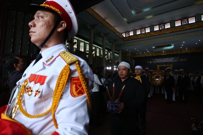 [Ảnh] Tiễn đưa người thầy tình báo huyền thoại Trần Quốc Hương về nơi an nghỉ cuối cùng - Ảnh 14.