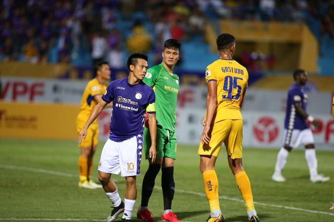 KẾT THÚC Hà Nội 0-1 SLNA: Quang Hải quẩy như Messi nhưng không gánh nổi Hà Nội - Ảnh 7.