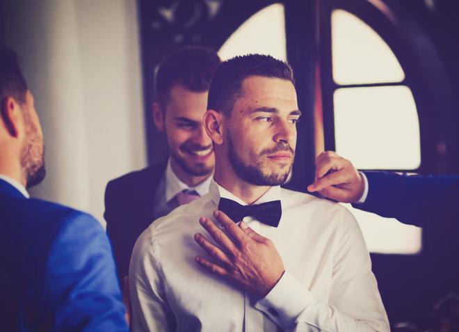Sát ngày cưới vẫn ngoại tình, chú rể ung dung tổ chức đám cưới, không biết món quà chờ đợi mình trước mắt - Ảnh 4.