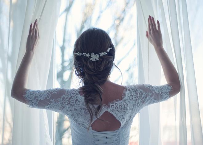 Sát ngày cưới vẫn ngoại tình, chú rể ung dung tổ chức đám cưới, không biết món quà chờ đợi mình trước mắt - Ảnh 3.