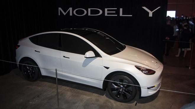 Một loạt xe điện Tesla dính lỗi nghiêm trọng, có thể gây nguy hiểm tới cả tính mạng tài xế - Ảnh 3.