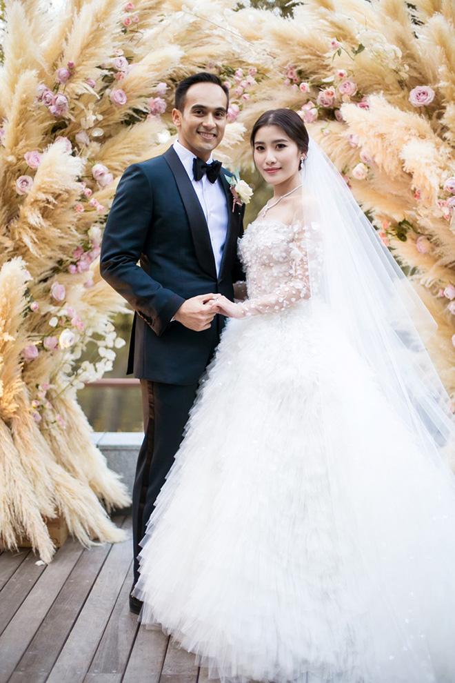 Tổ chức hôn lễ xa hoa bậc nhất năm 2018 đến tận 2 lần, cặp đôi đình đám trong hội con nhà giàu châu Á giờ có cuộc sống ra sao? - Ảnh 12.