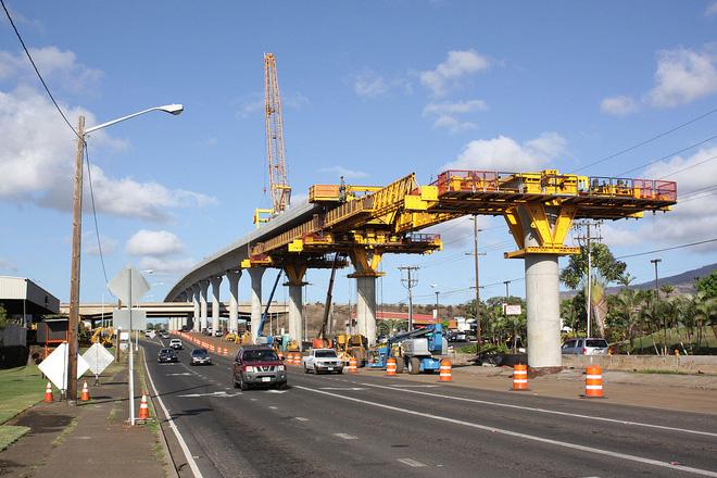 Quái vật sắt SLJ900/32 giúp Trung Quốc xây dựng những cây cầu dài nhất thế giới - Ảnh 3.