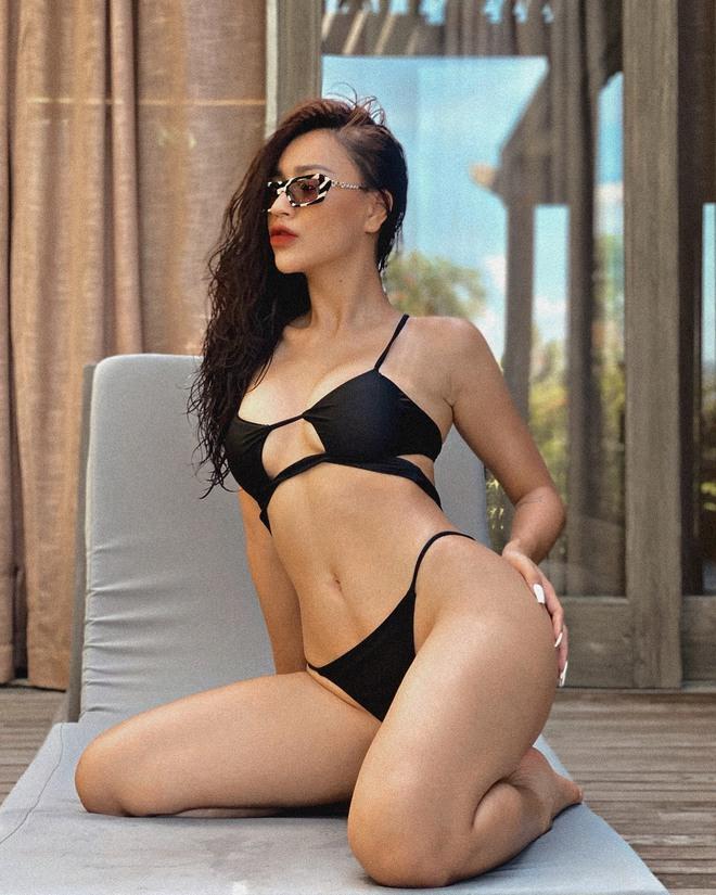 DJ Tít khoe vóc dáng bốc lửa khi mặc bikini  - Ảnh 2.