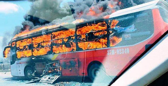 Một ngày 2 vụ cháy xe ô tô, Cục Đăng kiểm Việt Nam khuyến cáo gì? - Ảnh 3.