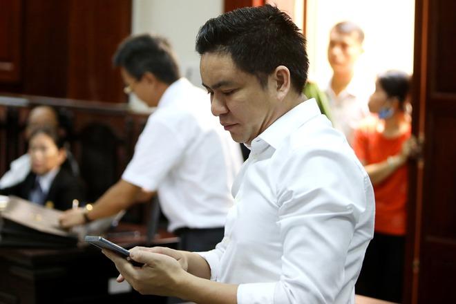 Vợ cũ BS Chiêm Quốc Thái chấp hành xong án tù trong vụ bỏ 1 tỷ thuê giang hồ đánh dằn mặt - Ảnh 3.