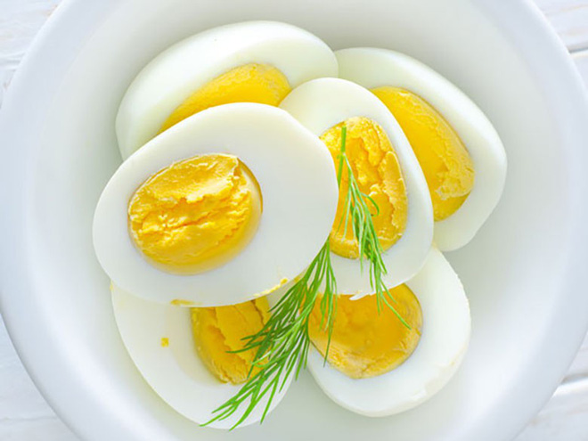 Ăn ba quả trứng mỗi ngày và xem những gì sẽ xảy ra với cơ thể bạn! - Ảnh 2.