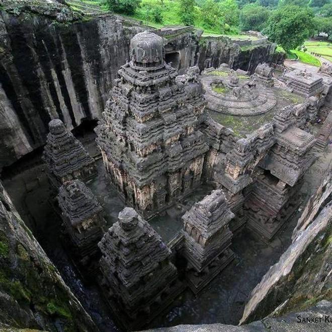 Bí ẩn mật mã trong ngôi đền được chạm khắc từ một tảng đá nguyên khối - Ảnh 3.
