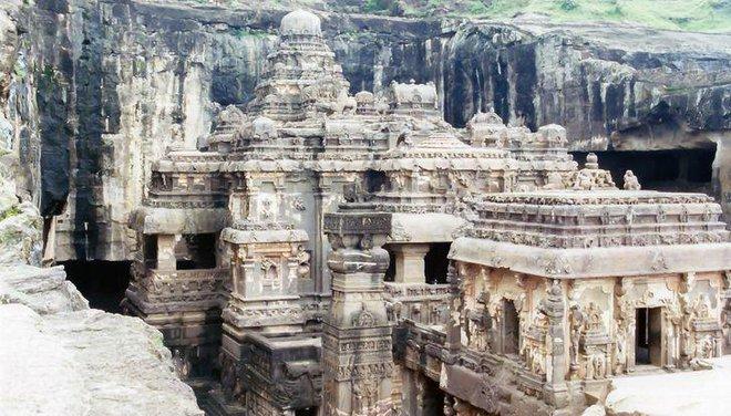 Bí ẩn mật mã trong ngôi đền được chạm khắc từ một tảng đá nguyên khối - Ảnh 4.