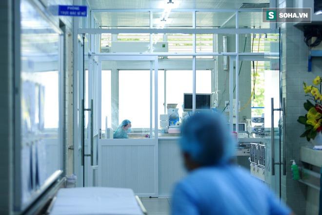 Đến giờ bố mẹ vẫn chưa biết tôi vừa tham gia điều trị thành công cho ca Covid-19 nặng nhất Việt Nam - Ảnh 4.