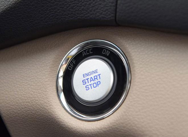 Bảo vệ động cơ ô tô đúng cách như thế nào? - Ảnh 1.