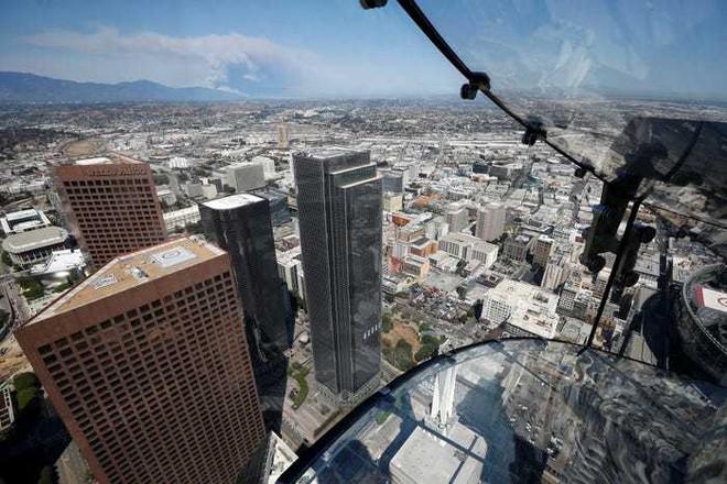 Sẽ thấy gì nếu đứng ở 8 tòa nhà cao nhất nước Mỹ? - Ảnh 16.