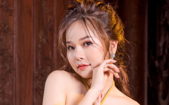 """Hà My tiết lộ lý do không """"dựa hơi"""" Quang Lê, Minh Tuyết"""