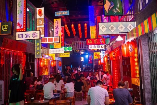 """Du lịch Hong Kong với chi phí 15.000 đồng: Mô hình """"hốt bạc"""" hay trào lưu tức thời? - Ảnh 2."""