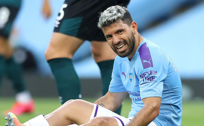 Manchester City nhận tin dữ về chấn thương của Sergio Aguero