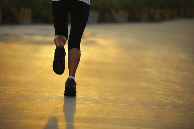 Cách nhanh nhất để loại bỏ sỏi thận, ngăn ngừa sỏi không tái phát trở lại - Ảnh 2.