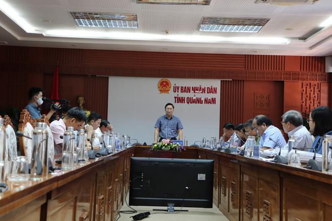 Máy xét nghiệm 7,23 tỉ ở Quảng Nam: Ai bị đề nghị kiểm điểm? - Ảnh 2.