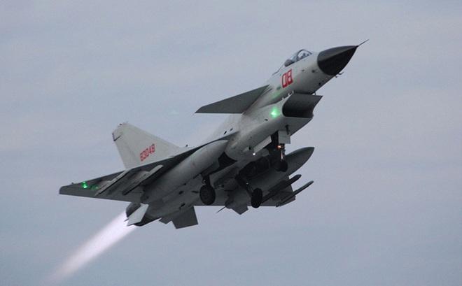 """Mang hẳn """"vũ khí con cưng"""" cho đồng minh để trả đũa Ấn Độ: TQ có thể sẽ bất ngờ với cái kết"""