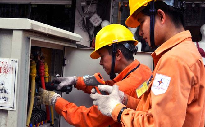 Vụ hóa đơn tiền điện tăng 16 triệu đồng: Nhân viên ghi sai số công tơ do nắng nóng, mệt mỏi