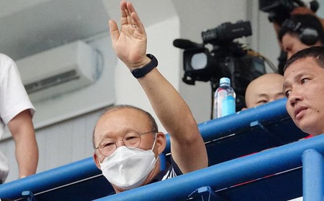 Tin từ phòng VIP sân Gò Đậu: Thầy Park đích thân thuyết phục cầu thủ đang thất nghiệp trở lại đội tuyển