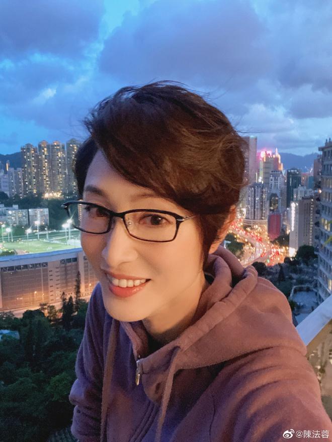 Hoa hậu Hong Kong trầm cảm vì bị đại gia lừa gạt, mang danh kẻ thứ 3, tuổi U60 ra sao? - Ảnh 9.