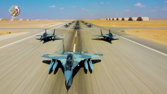 Tin sốc về một cuộc chiến khốc liệt hơn cả Syria sắp nổ ra: Vũ khí hiện đại Nga-Mỹ đối đầu - Ảnh 6.