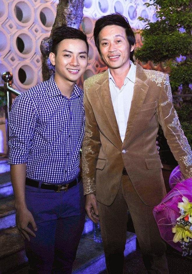 Từng được cưng chiều hết mực nhưng Hoài Lâm lại khiến cả hai nhân vật máu mặt này của showbiz Việt phải thất vọng ê chề - Ảnh 3.