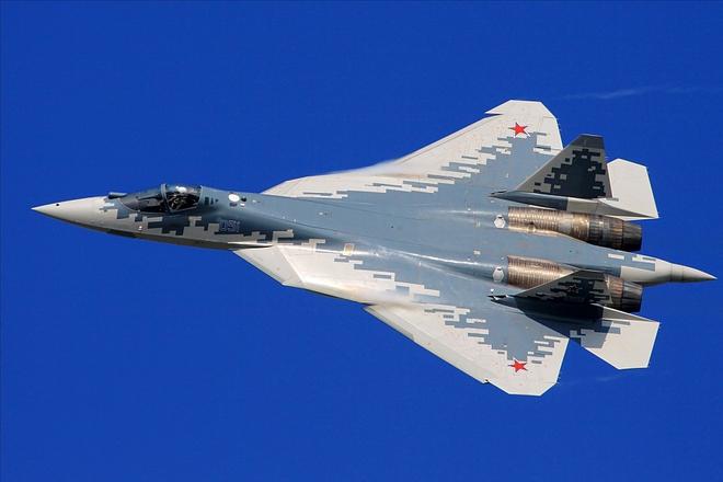 Hé lộ sức hút đặc biệt của tiêm kích tàng hình Su-57, khiến F-35 Mỹ cũng phải thèm thuồng - Ảnh 1.