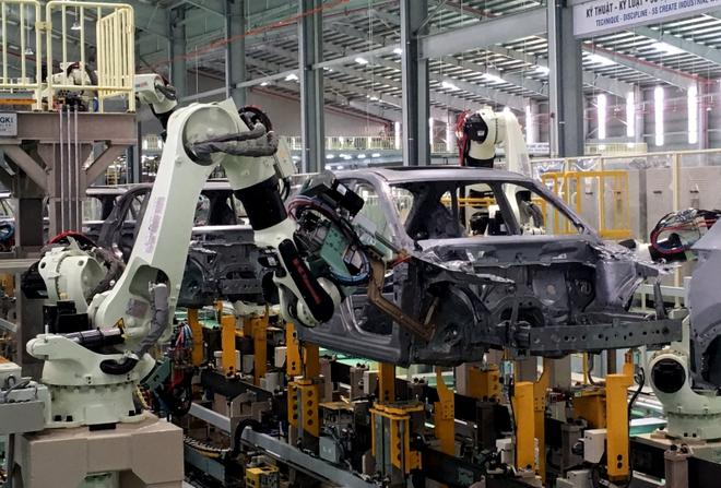 Soi ngay 3 mẫu ô tô giá hấp dẫn, có chiếc nhỉnh hơn 300 triệu đồng sau giảm phí trước bạ - Ảnh 1.