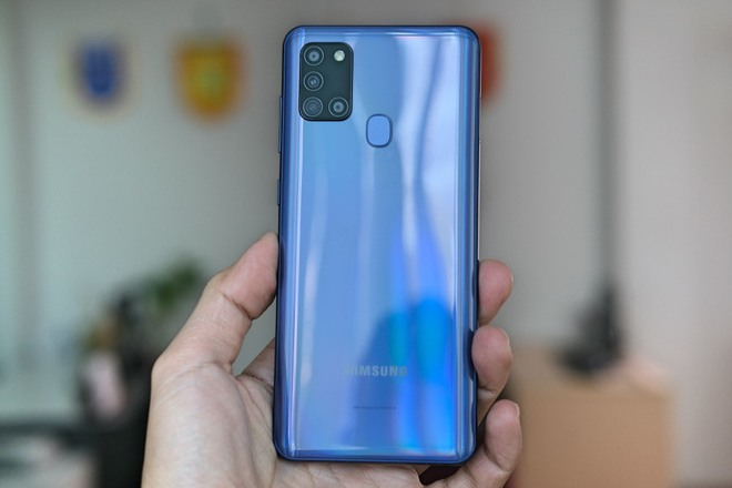 Chọn smartphone pin lâu, màn hình to, giá dưới 5 triệu đồng - Ảnh 8.