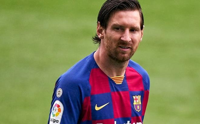 """Phòng thay đồ Barcelona loạn: Messi phớt lờ chỉ đạo từ HLV, bất mãn ra mặt với đối tác """"bom tấn"""""""